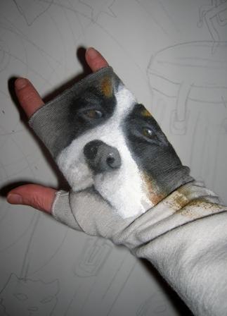 Dipinto su guanti in lana - Anna Maria Di Giorgi