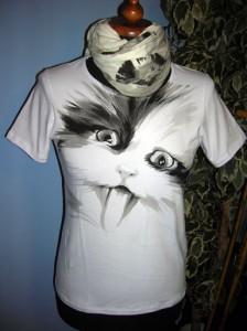 Anna Maria Di Giorgi: t-shirt in cotone e sciarpa dipinte a mano