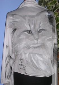 Questo è il ritratto di Benjamin dipinto a mano su stola in jersey di seta