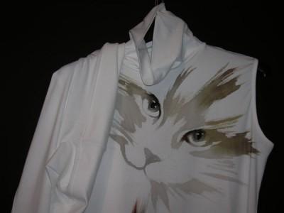 Anna Maria Di Giorgi: maglia dolcevita in viscosa dipinta a mano