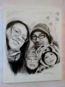 Ritratto di famiglia,carboncino su tela,40x50
